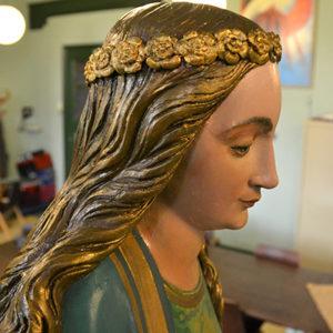 Restauratie beelden Barbarakerk Nieuwegein