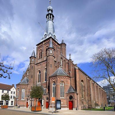 St. Dionysiuskerk of Heikese kerk in Tilburg Restauratie sierschilderwerk